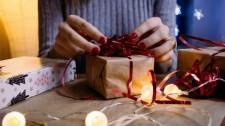 Procon-SP dá dicas de como evitar problemas na hora das compras de Natal