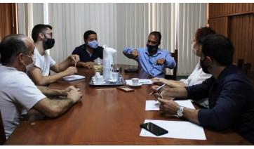 Representante da Rumo tem encontro com prefeituras da região para retomada do transporte ferroviário