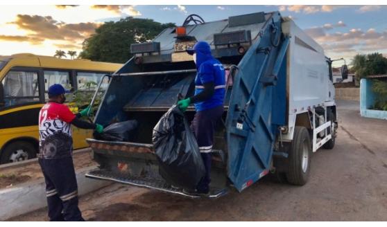 Com forte calor, coleta de lixo terá início às 5 horas da manhã