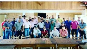 Edgar Pereira e equipe Circuito EPShow, agora credenciado pela Confederação Nacional de Rodeio ? CNAR (Cedida)