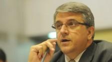 Após alta da UTI, deputado Reinaldo Alguz se recupera da Covid-19 em quarto do hospital