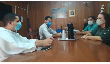 Prefeita e vice-prefeito recebem dirigentes da Santa Casa de Adamantina
