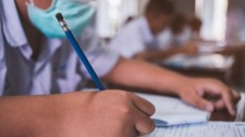 Apeoesp confirma quase 2 mil casos de covid-19 na rede estadual de ensino