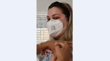 Médica é a primeira a ser vacinada contra a Covid-19 em Lucélia