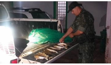Polícia Ambiental multa dupla em R$ 5.800,00 por pescar em local proibido em Lucélia