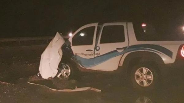 Camionete envolvida no acidente na noite desta quinta-feira (23) na SP-294, em Lucélia (Reprodução/Folha Regional).