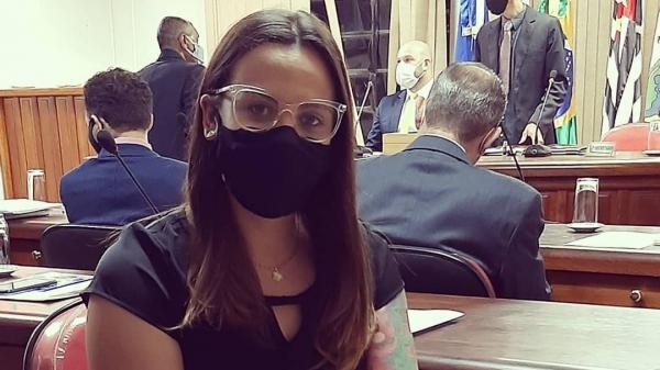 Vereadora Mariana Valentim, autora do projeto de lei (Redes Sociais).